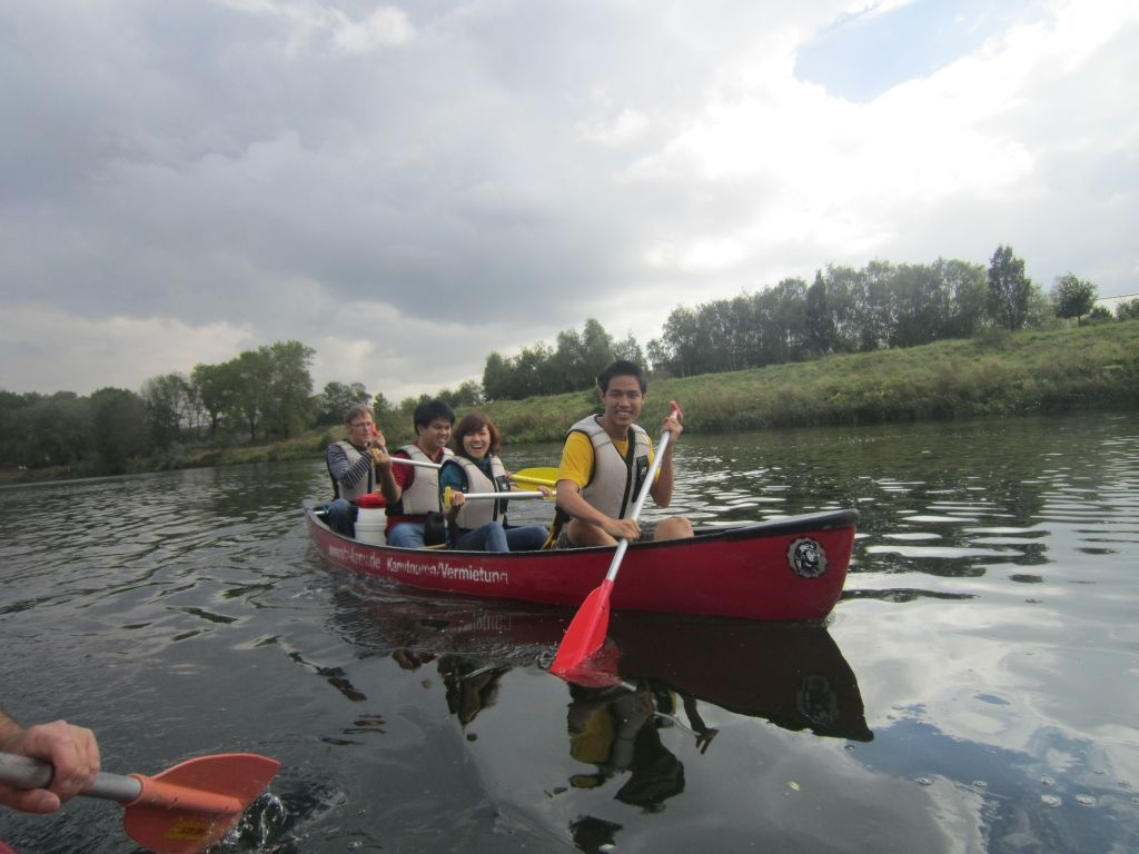 ruhr-ahoy-vgu-students-explore-ruhr-area-by-canoe