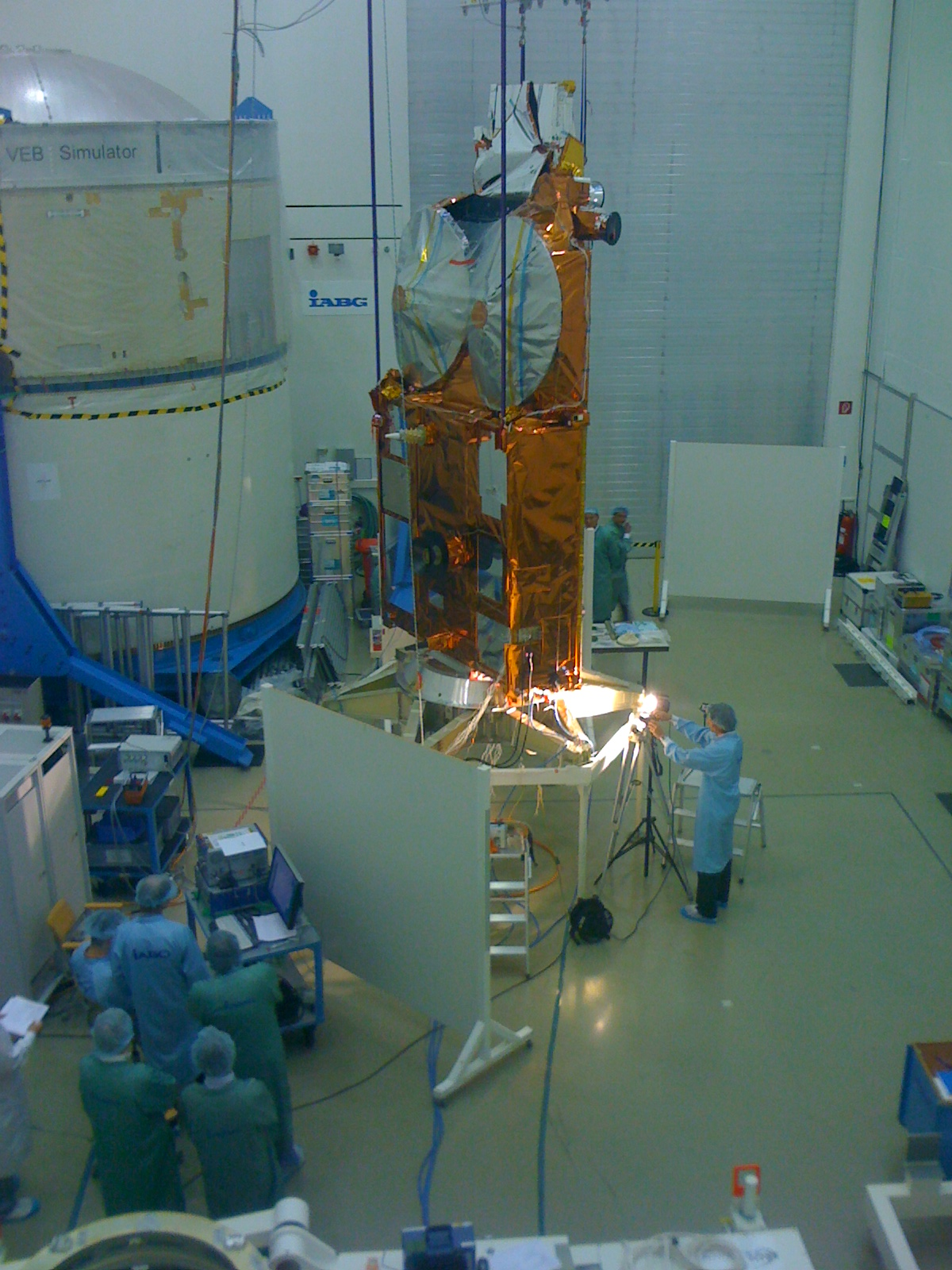 compeng-lifts-off-day-excursion-to-european-space-agency-esa